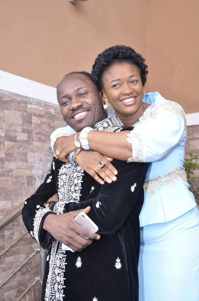 Damilola Mike Bamiloye and wife Emmanuella Mike Bamiloye exchange love notes on their wedding anniversary